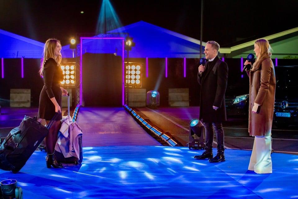 Peter Van de Veire en Geraldine Kemper verwelkomen Liese en co. in het Big Brother-huis.
