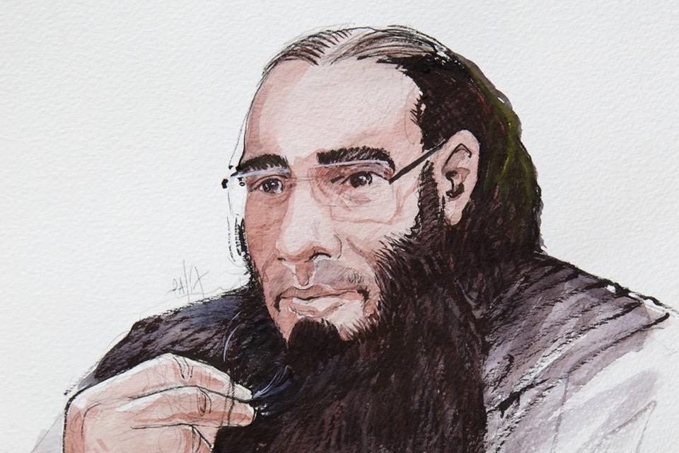 Een schets van Fouad Belkacem in de rechtbank.