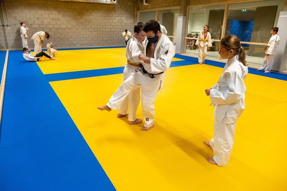 De eerste trainingen in de nieuwe Nielse dojo.