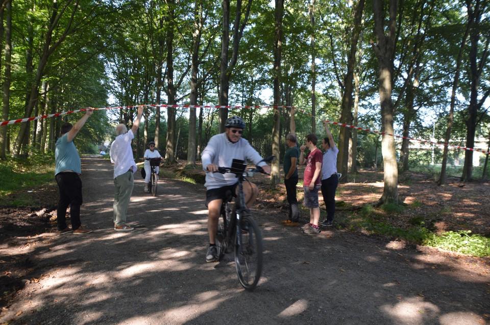 Verrassend hoeveel fietsers van de dreef gebruik maken, ookal ligt ze vlakbij de E313.