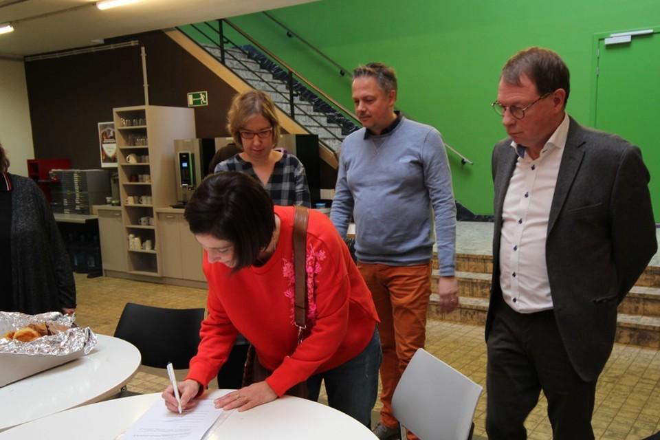 Sien Pillot (Groen) ondertekent het bezwaar met onder andere Peter Verstraeten (Open Vld), Bart Breugelmans (CD&V) en Alessandra Lamm (sp.a)