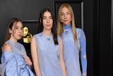 thumbnail: Alana Haim, Danielle Haim en Este Haim