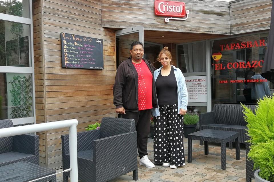 Sudesh en Kamina Jawalapersad popelen om vrijdag hun tapasbar El Corazon na acht maanden onvrijwillige sluiting te kunnen heropenen.