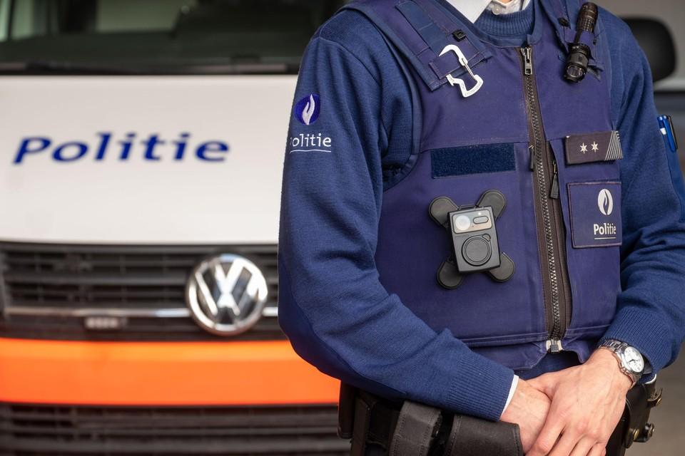 De bestuurder van de witte bestelwagen werd geïdentificeerd en intussen ook aangesproken op zijn gedrag door de politie.