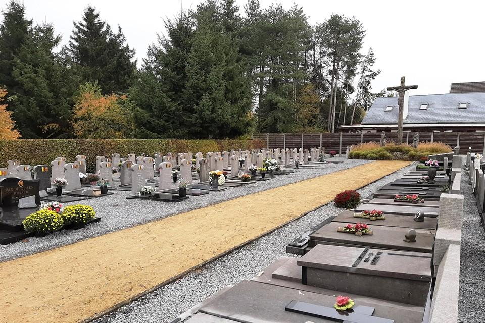 Op begraafplaats De Heuvels zijn voortaan alleen