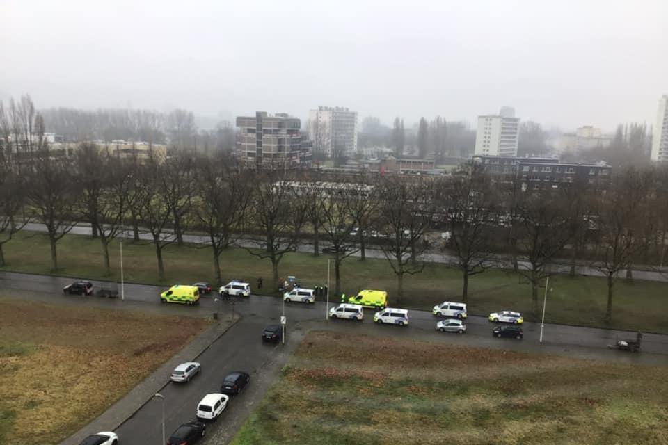 De politie kwam met meerdere ploegen naar de Charles De Costerlaan.