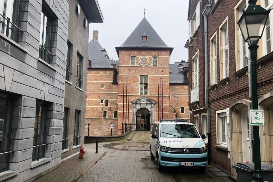 Een leraar uit Grobbendonk kreeg van de rechter in Turnhout een voorwaardelijke celstraf voor het verspreiden van kinderporno.
