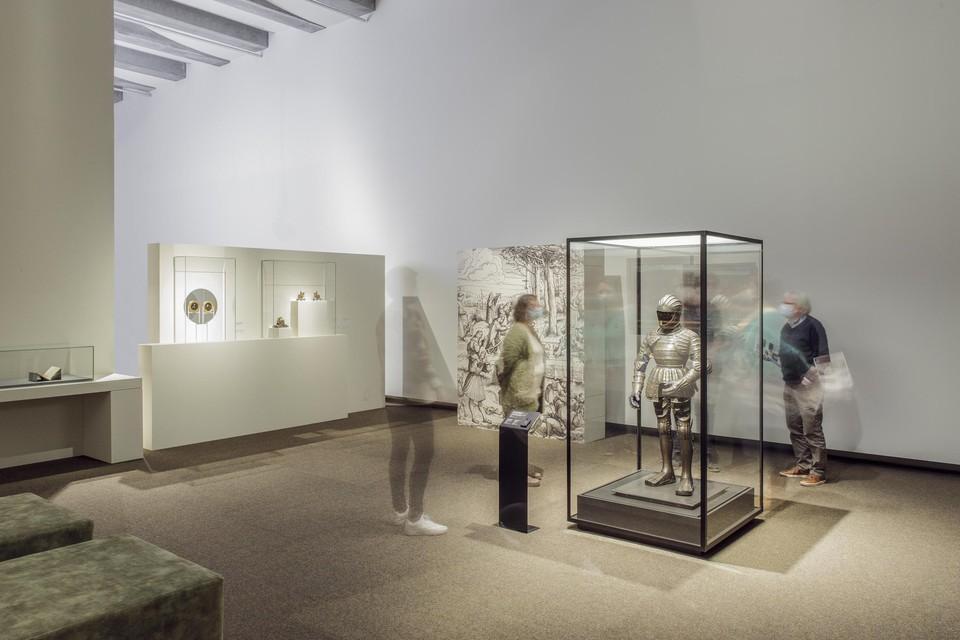 Een van de blikvangers in de tentoonstelling is een kinderharnas van Karel V dat speciaal overkwam uit Wenen.