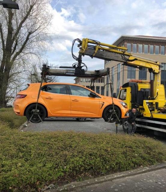 Rik vond zijn auto zelf terug op een parking in Mechelen, met Franse nummerplaten erop.