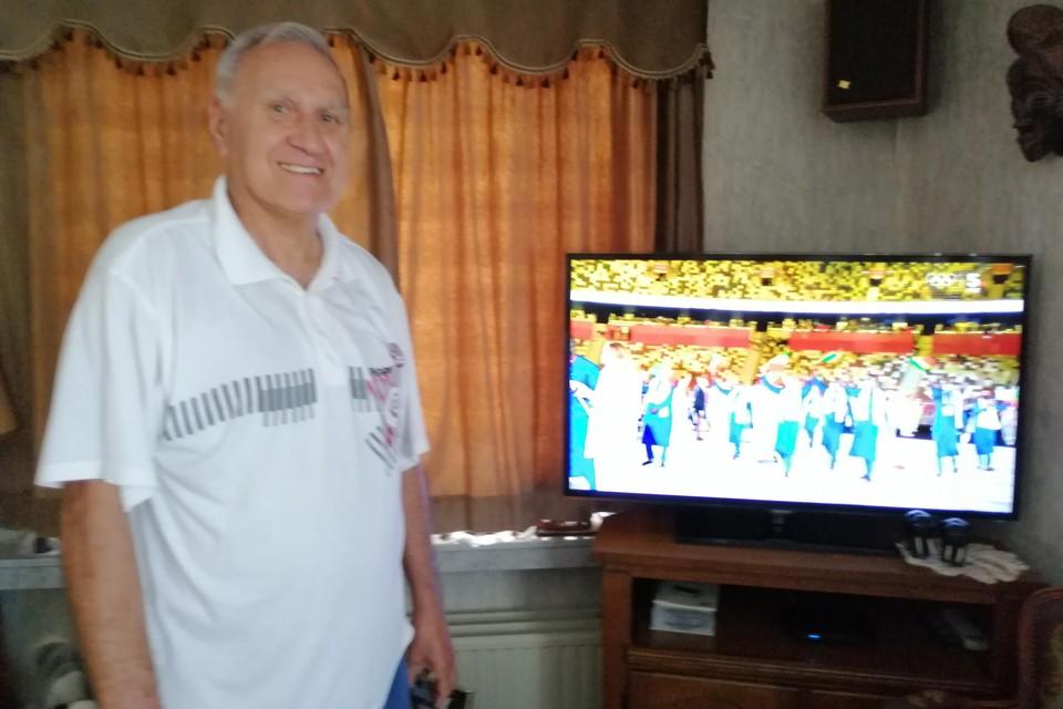 Urbain moet de Olympische Spelen op TV volgen