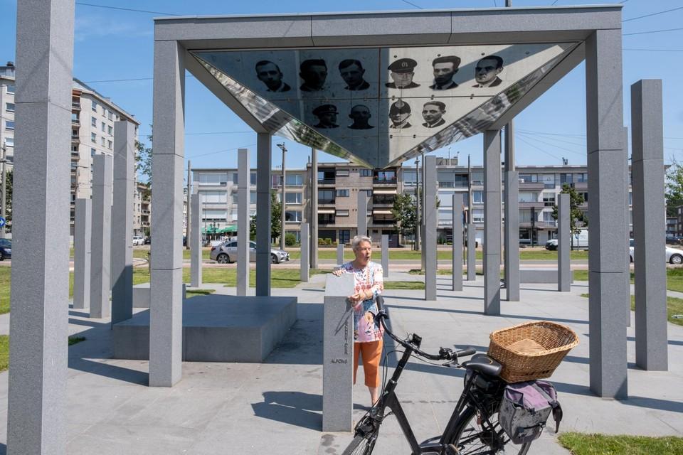 Het Vredesmonument op het Wim Saerensplein