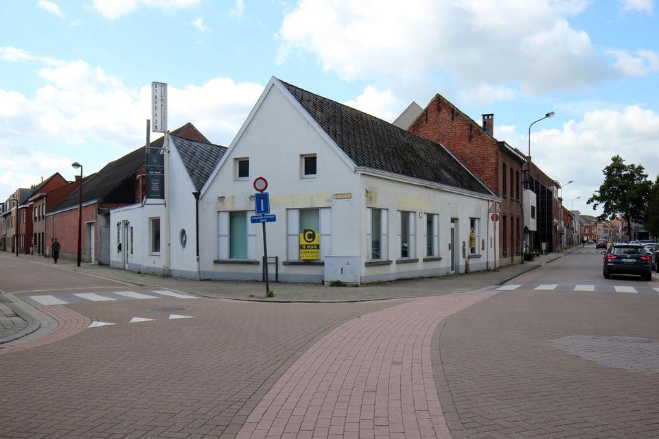 Het gebouw van 't Gulden Vlies is nog duidelijk herkenbaar.