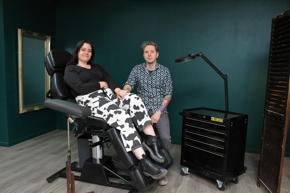 Ky Luyten en Eli Rutten openen dinsdag tattooshop Black Quill.