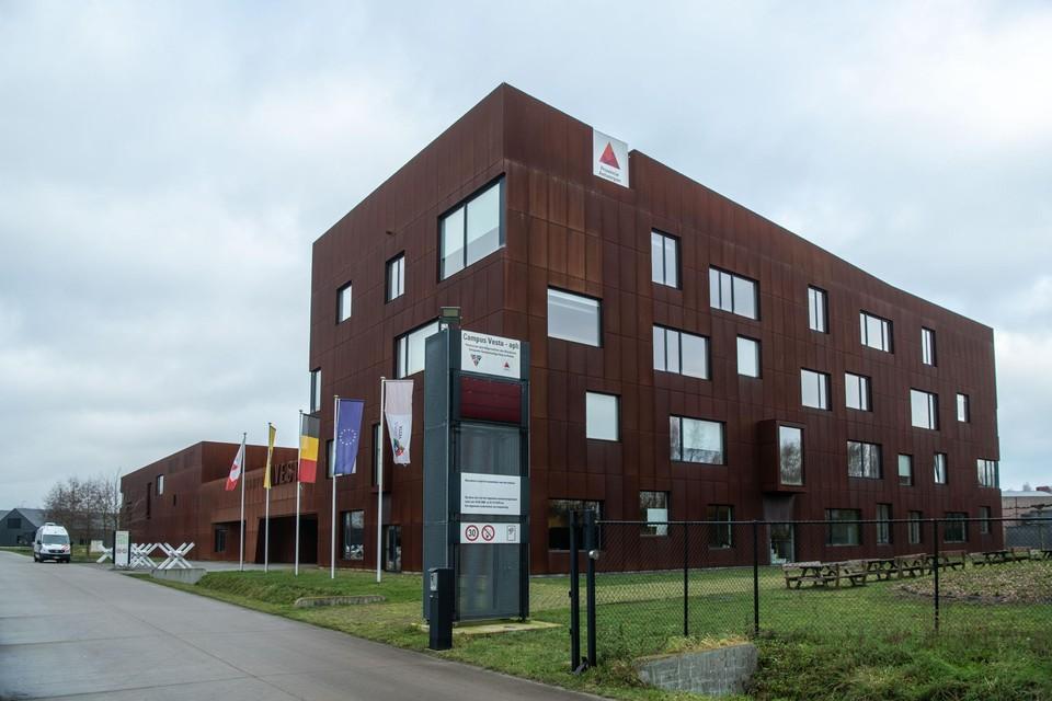 Campus Vesta in Emblem. Ook hier zal de grond onderzocht worden op aanwezigheid van PFOS.