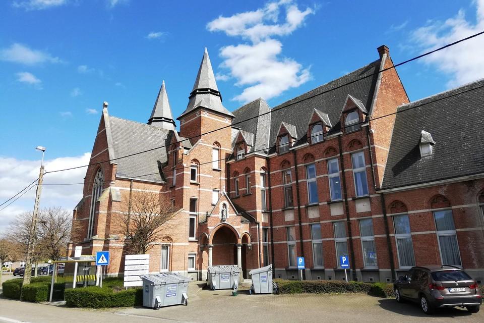 In het kloostergebouw in de Wilsonstraat wordt een lokaal dienstencentrum ondergebracht.