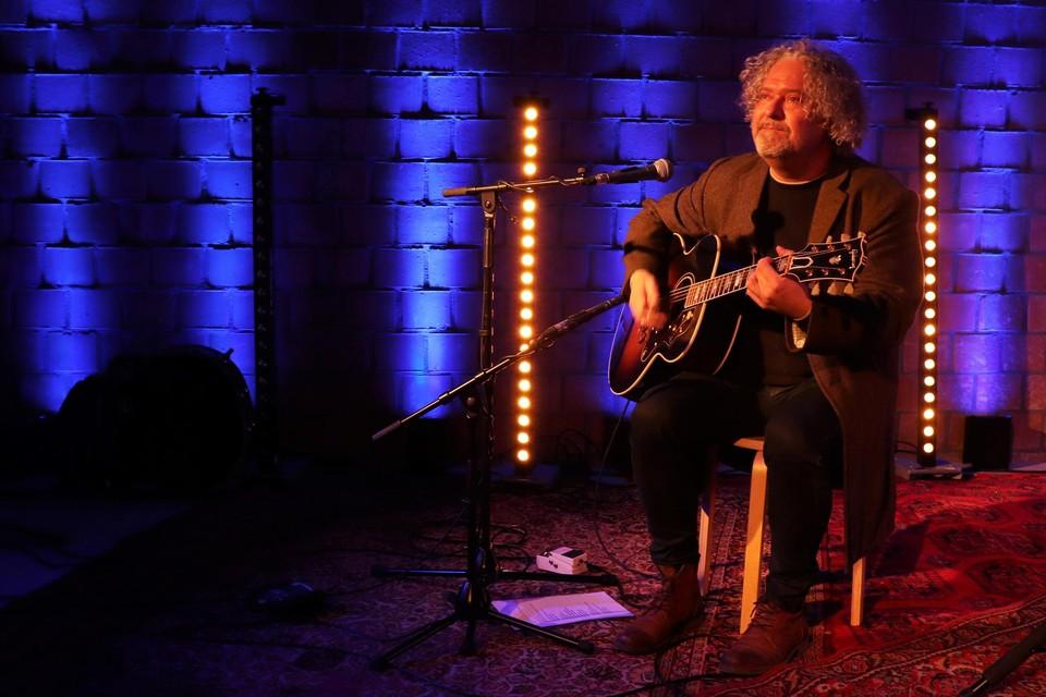 Jo Cassiers tijdens de opnames van de eerste Studio-Kuren live-sessie van CC Schoten.