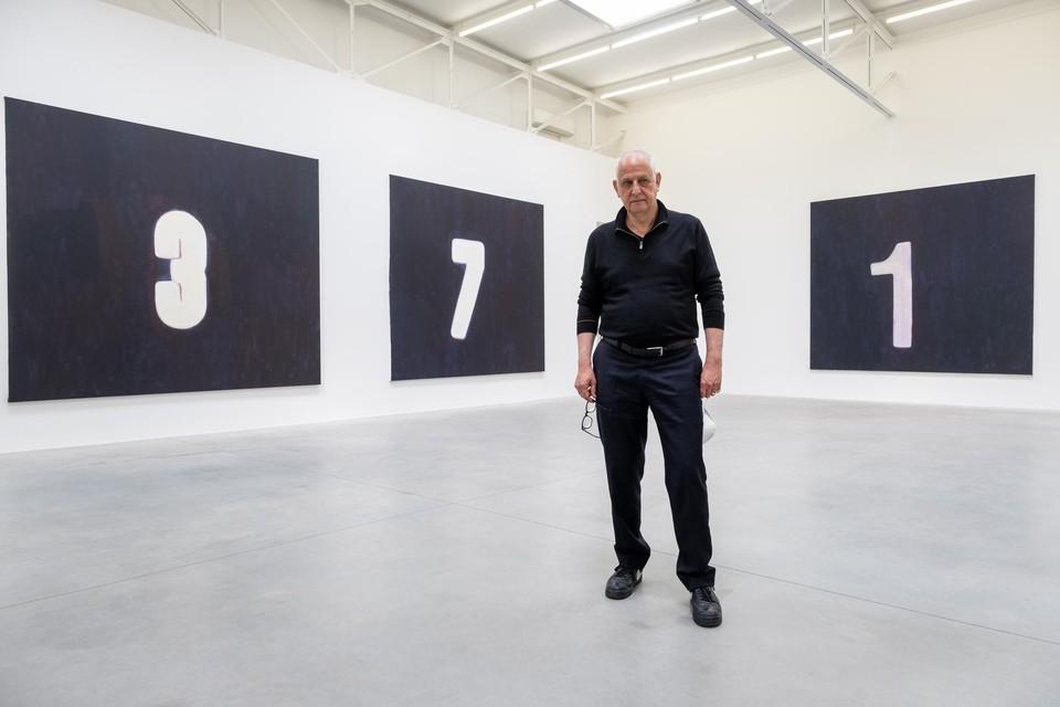 Luc Tuymans in galerie Zeno X in Borgerhout, waar hij al meer dan dertig jaar trouw mee samenwerkt.