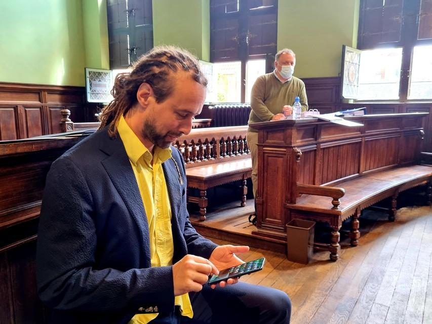 Engel en Van Ranst bij aanvang van hun proces in Mechelen.