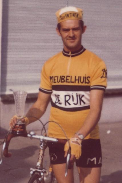 Jefke De Rijk, dorpsfiguur en stichter van WTC De Rappe Wielen.