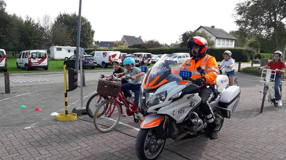 De politie reed mee op het parcours en zag dat het goed was.