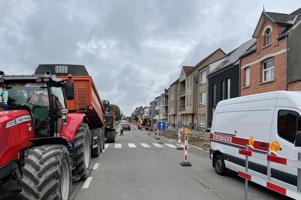 Tijdens de werkzaamheden geldt in de Leopoldlei een enkele richting vanuit Heist-centrum richting Hallaar.