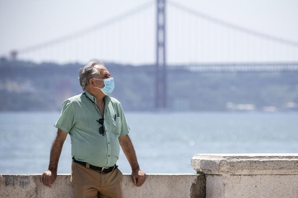 De Ponte 25 de Abril (25-aprilbrug) over de Taag bij Lissabon.