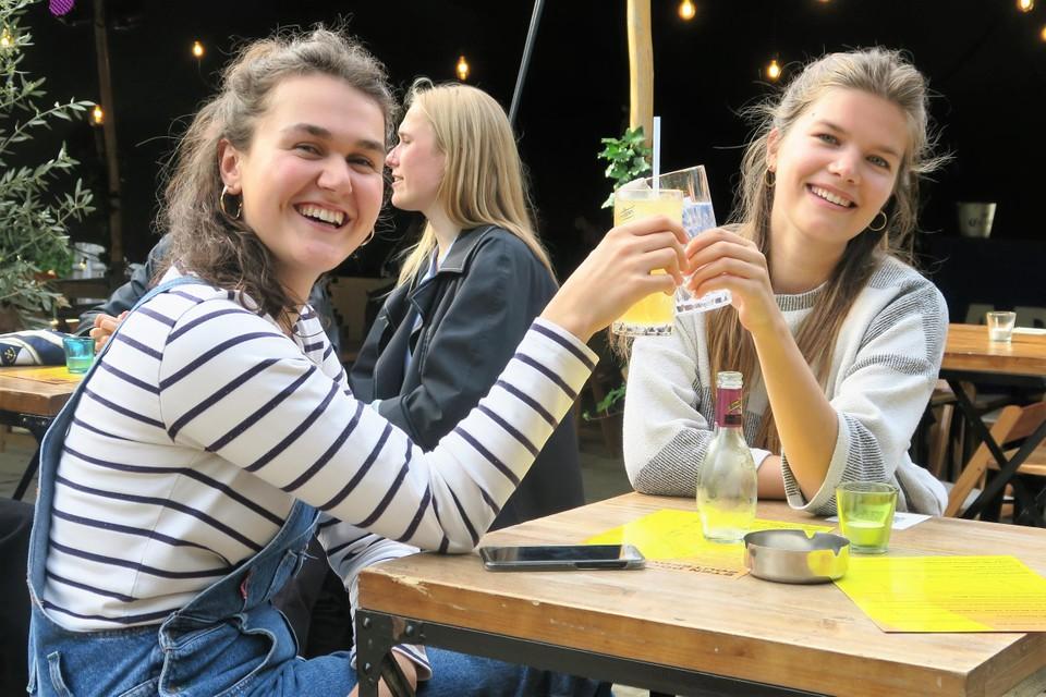 Aan Fien Damen en Fien Bovend'Aerde heeft Het Veld alvast twee fans.