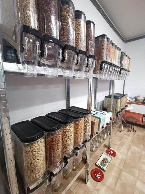Klanten kunnen hun eigen potjes en flessen meebrengen om die in de winkel te vullen.