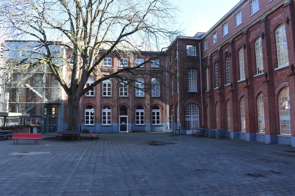 De PARKOER-activiteiten vinden plaats op deze binnenkoer van site De Zwaan.
