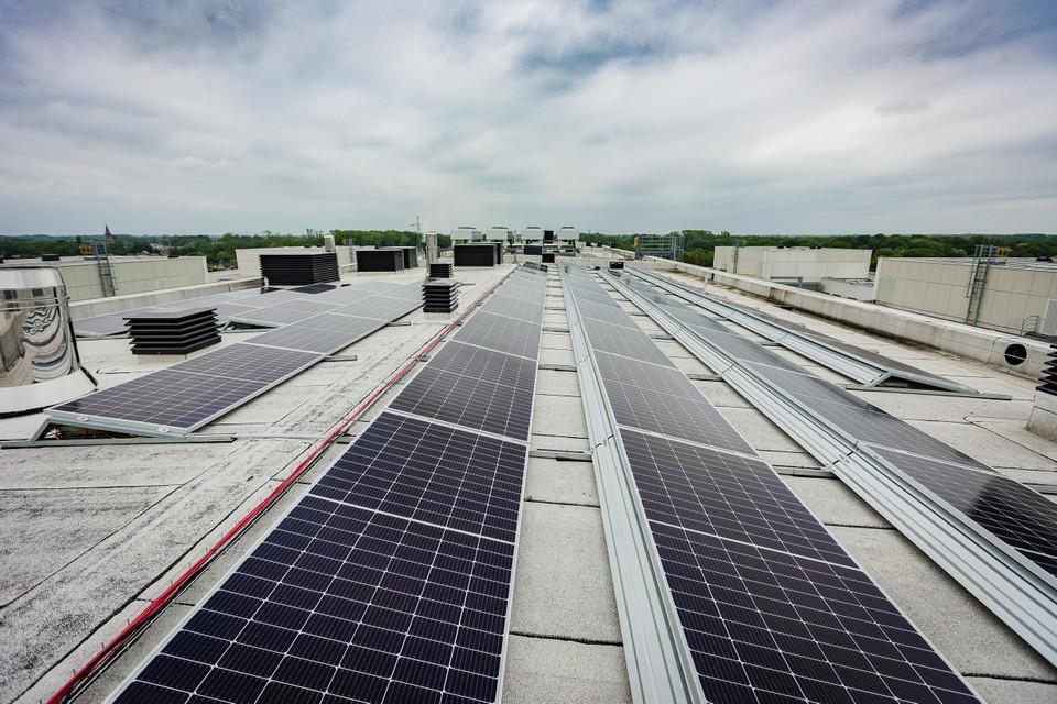 De zonnepanelen zijn goed voor 8 tot 9% van het energieverbruik van het ziekenhuis.