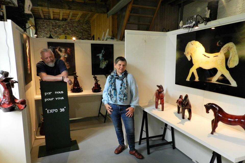 Ludo Knaepkens en Anita Fleerackers hebben alles klaargezet voor de eerste tentoonstelling in Expo 38.