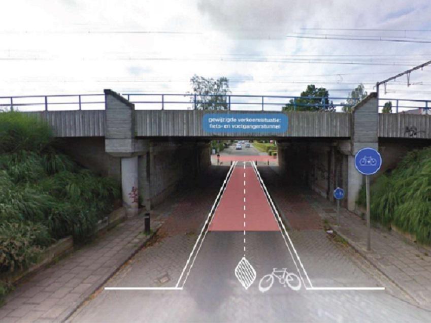 Enkel fietsers en voetgangers mogen langs de brug.