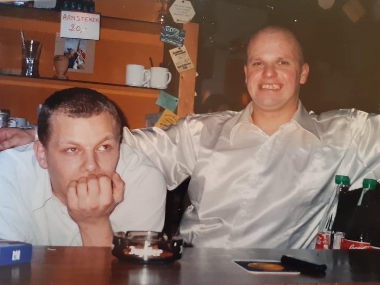 Michel Van Hoof (rechts) met zijn toenmalige tapper Gert Van Dyck eind jaren negentig.