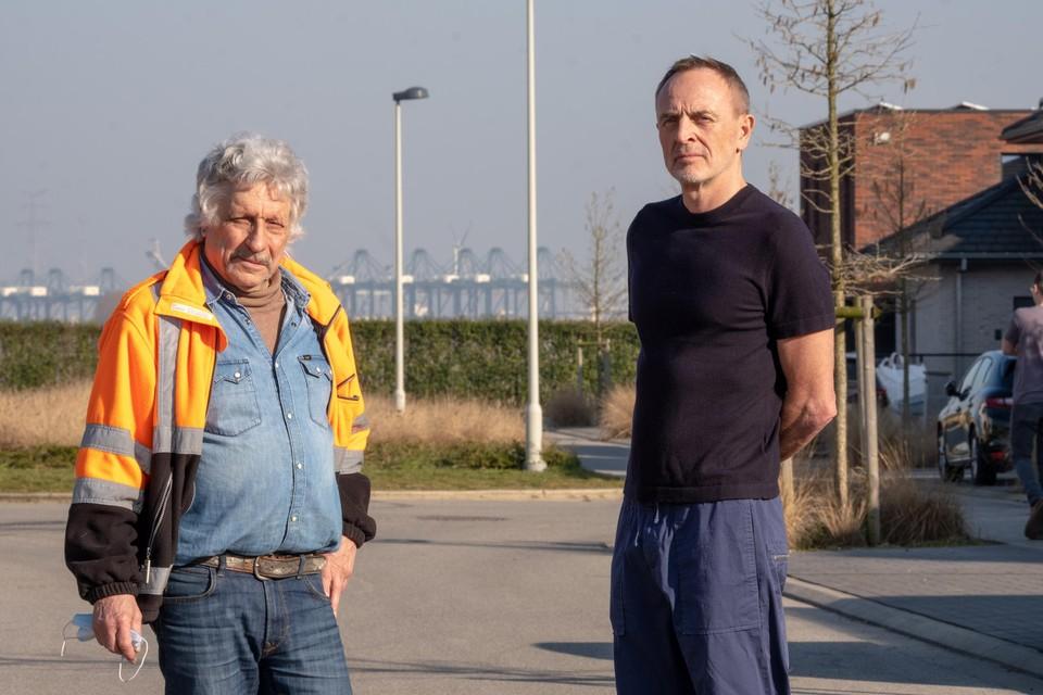 Buurtbewoners Johny De Maayer en Pascal Trouvé.