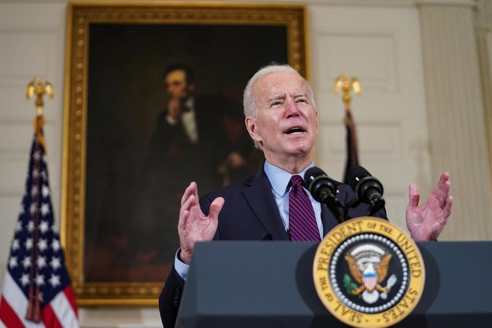 Vrijdag waarschuwde Biden dat hij zijn coronaplan desnoods zal doordrukken. Ondertussen probeert hij de Amerikaanse kiezer aan zijn kant te krijgen.