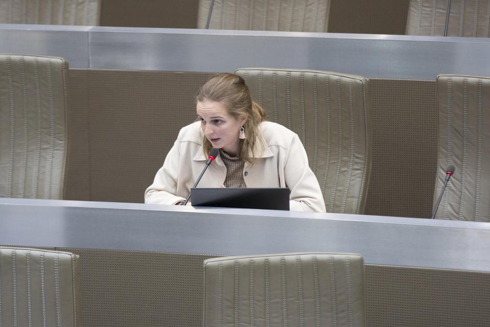 Maaike De Rudder in het Vlaams Parlement.