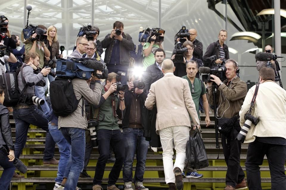 De advocaten werden meteen aangeklampt door de pers.