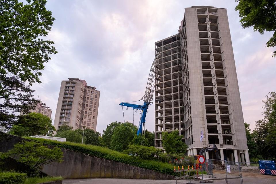 Aan het Kielpark is gestart met de sloop van de eerste van drie woontorens. In 2024 verhuizen de bewoners naar de nieuwbouw.