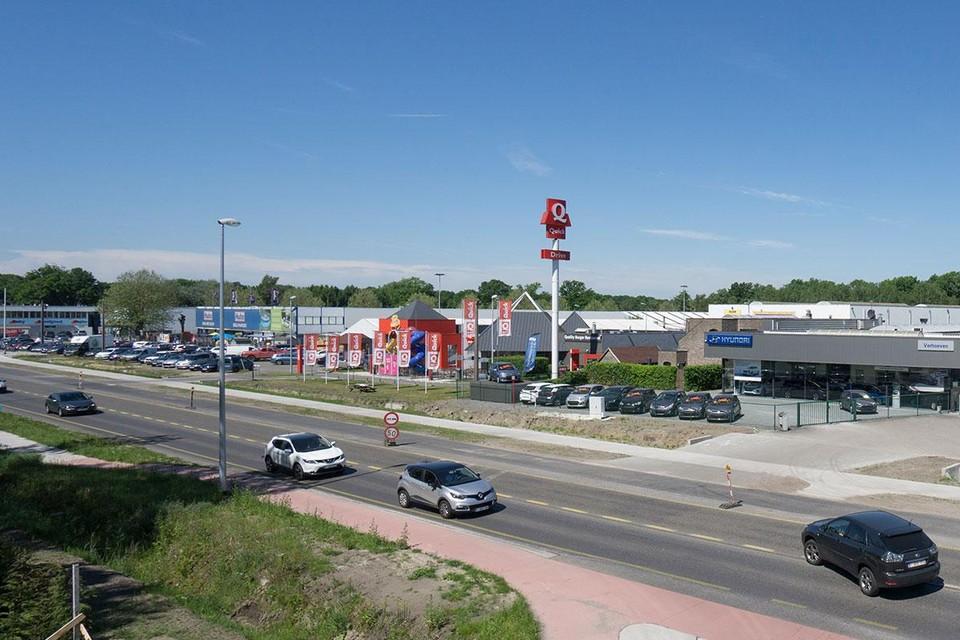 De gemeente wil winkelen in de nu wat chaotische site Schilmart met groothandelszaken ordenen met nieuwe stedenbouwkundige regels.