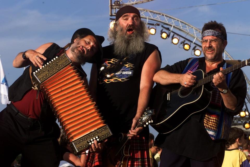 De groep in betere tijden. In 2000 stonden ze zelfs op 'Tien om te Zien', met niet minder dan vier liedjes in de Vlaamse hitlijst.