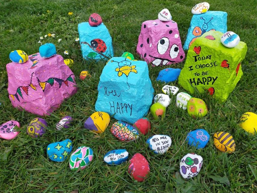 De Happy Stones zijn her en der in Sint-Katelijne-Waver verstopt.