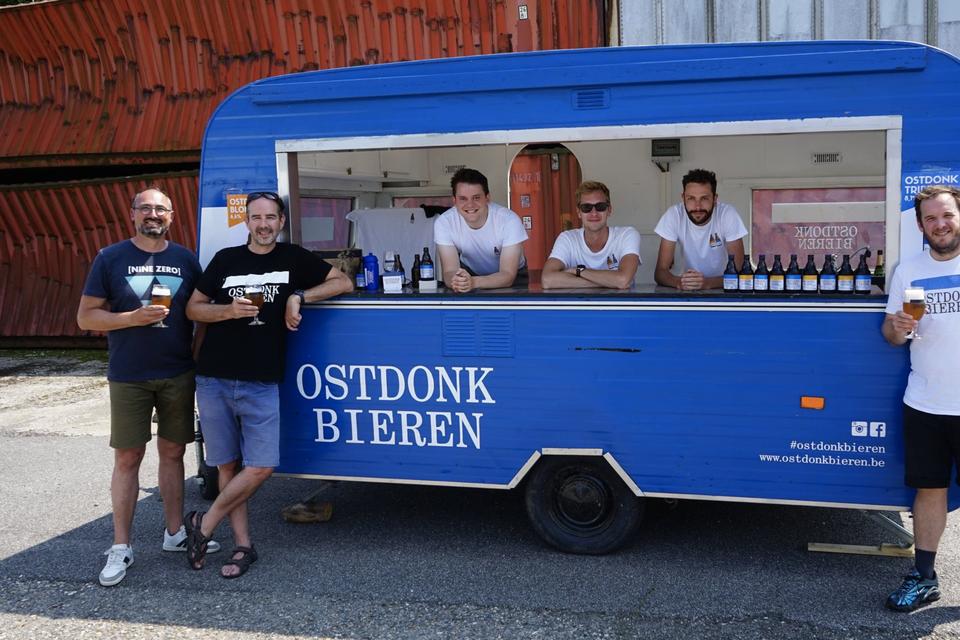 De caravan van Ostdonk Bieren zal de streekmarkten mee kleur geven.