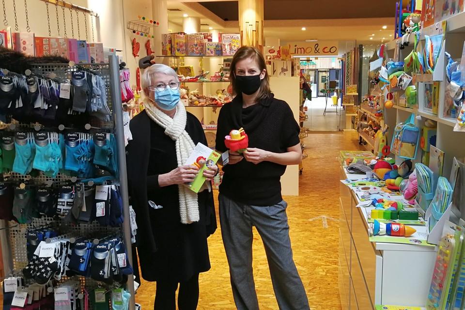 Moeder Jo De Becker en dochter Lore Torfs stoppen hun unieke winkel in kleurrijke kinderspullen na bijna tien jaar.