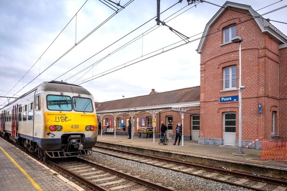 ProMobiel Klein-Brabant maakt zich zorgen over de studie over de verlenging van spoorlijn 52 van Puurs naar Dendermonde.