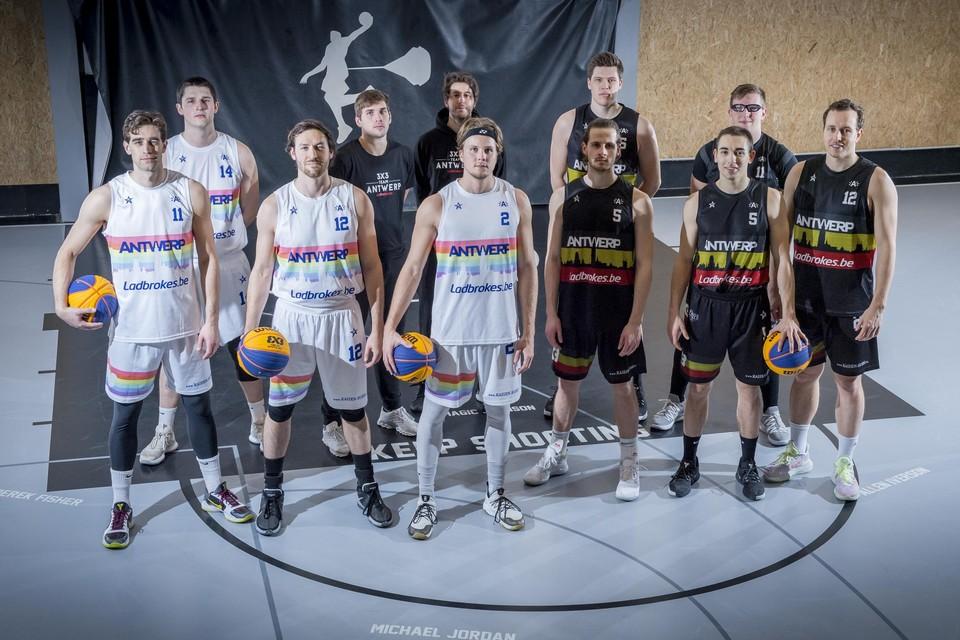 Het 3x3 Belgium Team met onder meer Nick Celis, Thibaut Vervoort, Thierry Mariën, Laurens Van Den Hemel, Raf Bogaerts, Mattias Palinckx, Toon Ceyssens en Jarno Moons.