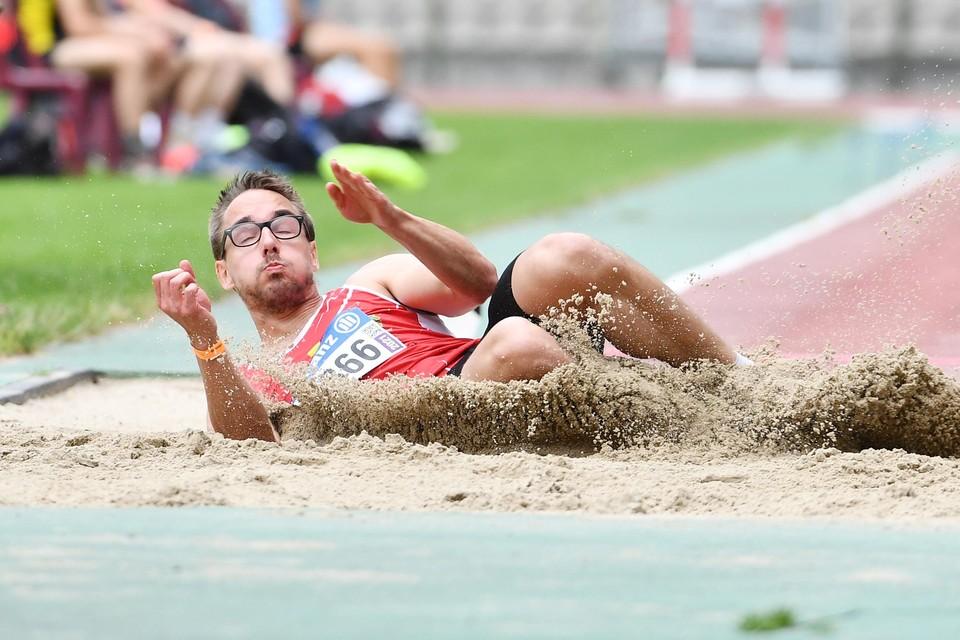 Mathias Broothaerts gisteren aan het werk tijdens het BK in het Koning Boudewijnstadion.