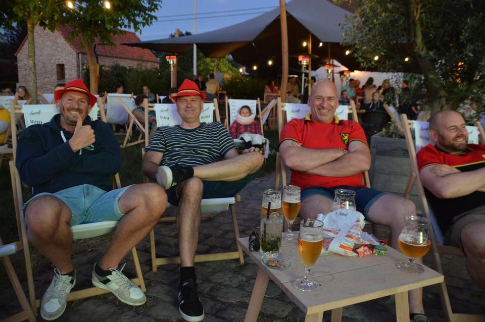 Supporteren bij Bar Daf in Westmalle.