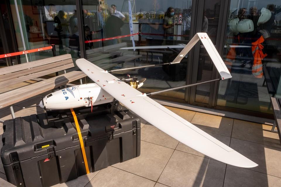 De drone waarmee het Havenbedrijf Antwerpen experimenteert, is van het  type met vaste vleugels.