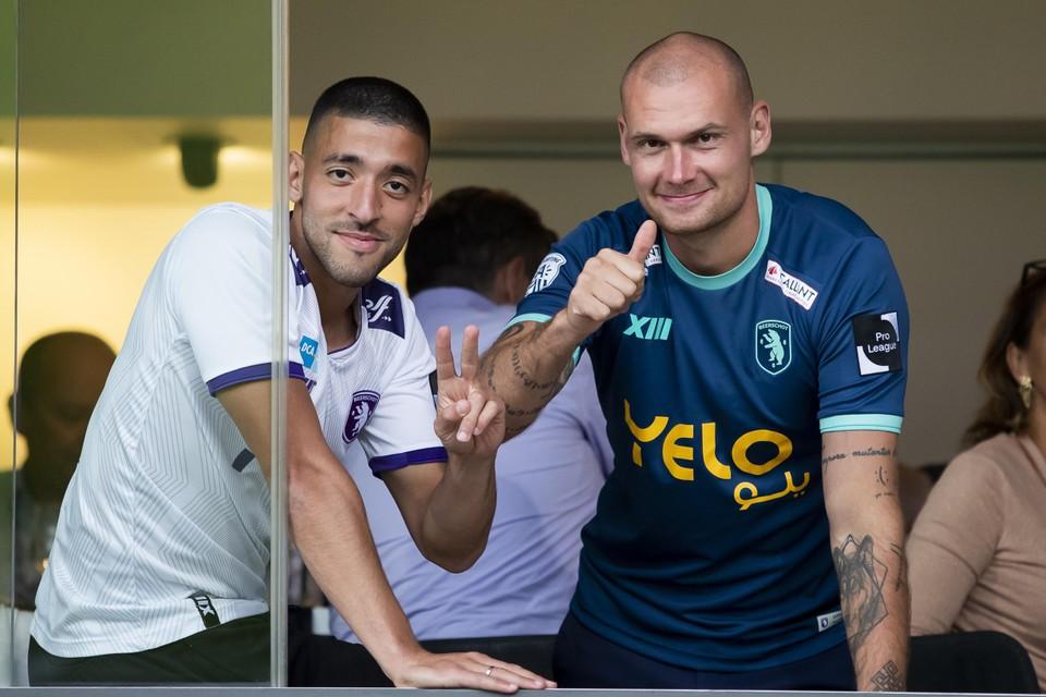 Tissoudali en Prychynenko als supporters op het Kiel.
