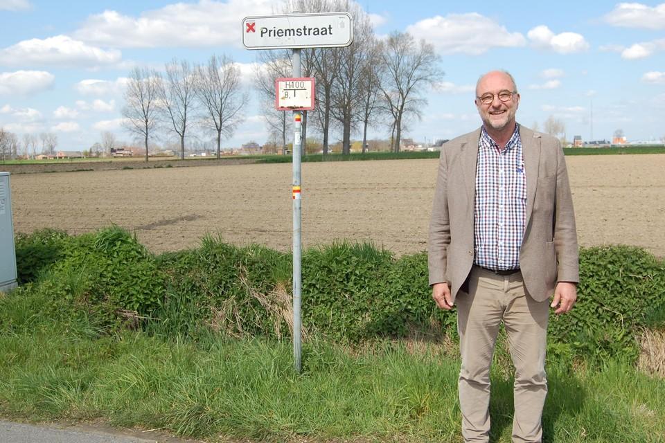 Schepen Van Roeyen in het gebied Melsele-Zuid, waar zowel trage wegen bijkomen als geschrapt worden.